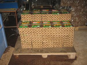 Продам линию по про изводству брикетов 50х50