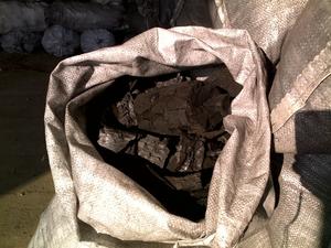 Продам древесный уголь большой фракции от 20 до 300мм
