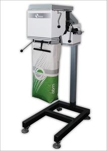 Дозатор весовой для расфасовки пеллет в мешки от 5-70 кг