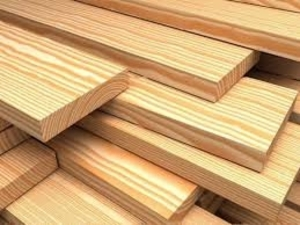 Послуги по розпиловці та сушці деревини