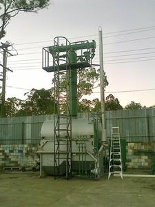 Ректификационная колонна для  переработки нефти