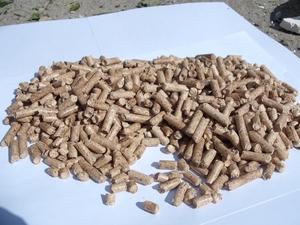 Продам пеллеты 6 и 8 мм сосна