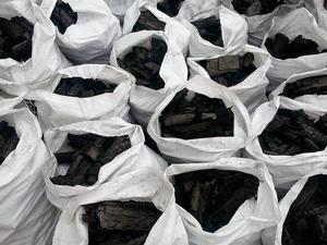 Продам на экспорт Древесный Уголь (LEGNO DI QUERCIA CARBONE DI LEGNA)