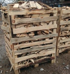 Предприятие реализует свежепиляные дрова