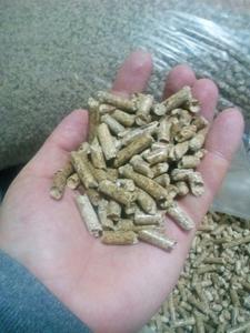 Предлагаем древесную пеллету в мешках по 15 кг