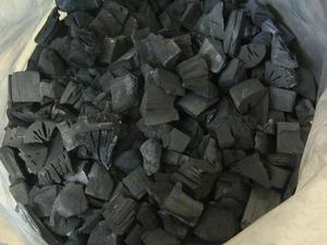 Древесный уголь из Львова на условиях FCA