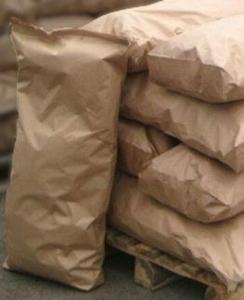 Древесный уголь в мешках по 10-12 кг из твердых пород дерева
