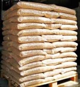 Древесная гранула DIN+, 3000 т в мес, 15 кг мешок, FOB