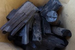 Продам древесный уголь фасовка от 2.5 до 10 кг