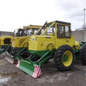 Лісовий трактор LKT 81 T