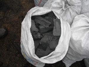 Уголь древесный в полипропиленовых мешках