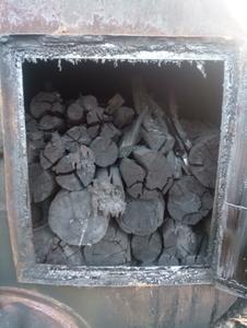 Древесный уголь из хвойных пород дерева